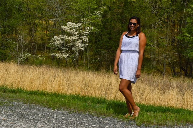 White BCBG dress country casual summer