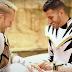 Fãs de Power Rangers celebram noivado, veja o vídeo