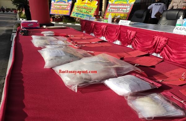 Narkotika jenis Sabu seberat 1337,02 gram dimusnahkan oleh Ditresnarkoba Polda Kalteng