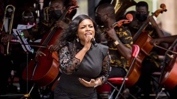 """Irene Logan Pulls Off An Iconic Performance Of """"The Impossible Dream"""" At JJ Rawlings' Funeral"""