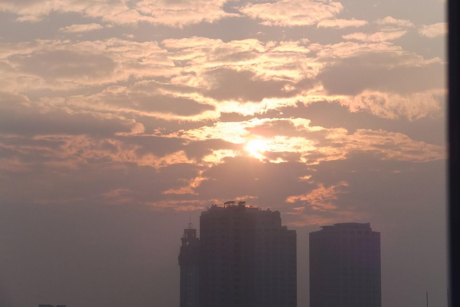 sunrise-hanoi ハノイの夜明け