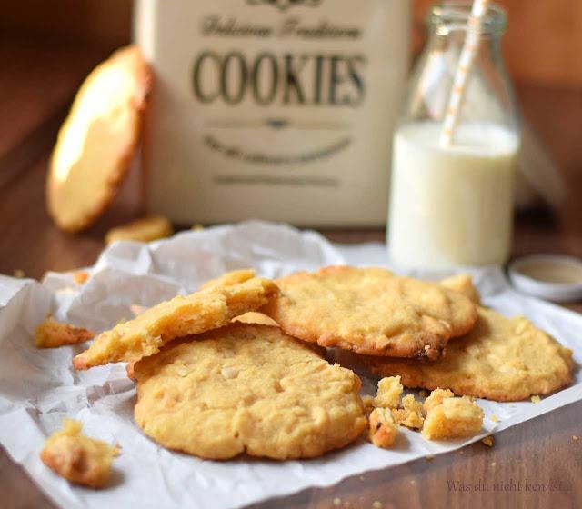 Jasmin vom Blog Was du nicht kennst hat mir heute White Chocolate Cookies mitgebracht.