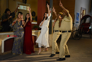 Saumya Tandon Aasif Sheikh Anushka Sharma Shubhangi Atre and Rohitash Gaud on the sets on Bhabhi Ji Ghar Par Hai  0004.JPG