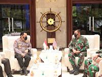 Kapolri dan KSAL Tingkatkan Kerjasama Keamanan Perairan