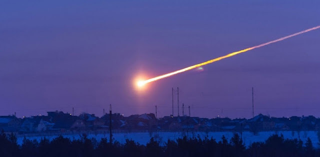 This is an asteroid impact near the Russian city of Chelyabinsk in February 2013. Credit: Alan Fitzsimmons