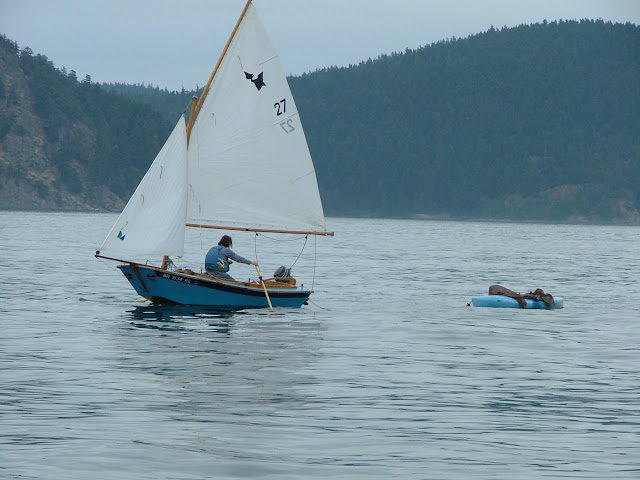 towing dinghy in Lopez Sound