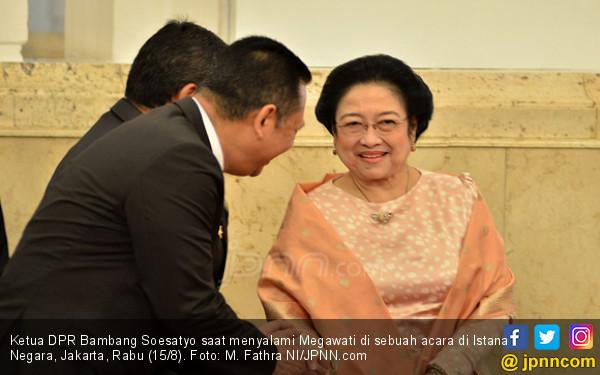 Ketua DPR Salah Ucap Nama, Megawati Cuman Tertawa