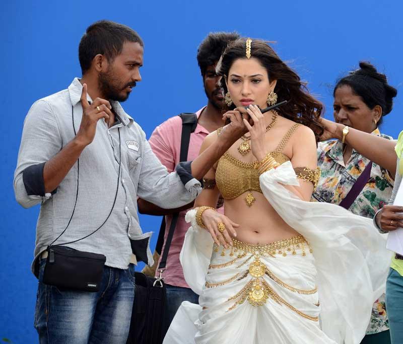 bahubali full hd movie hindi download 2015