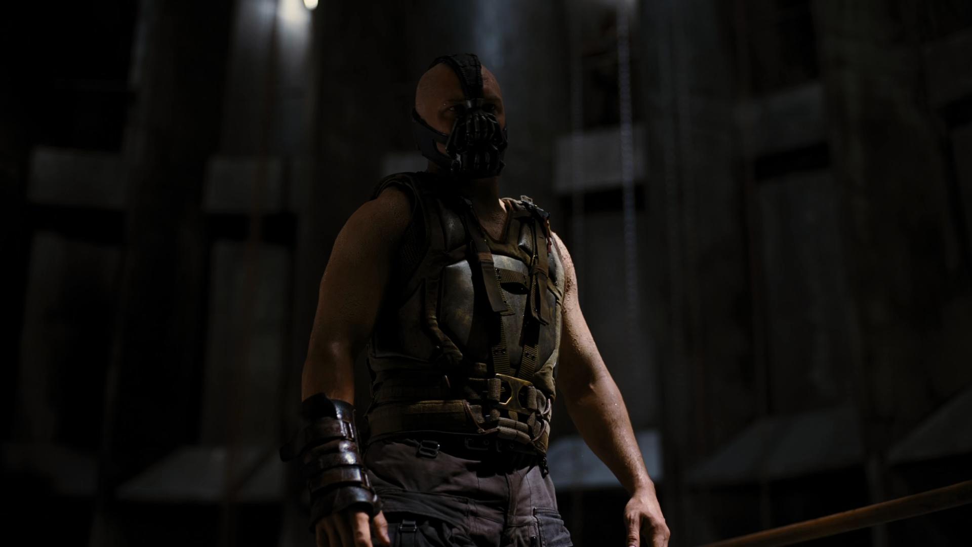 Captura de Batman: El Caballero de la Noche Asciende (2012) IMAX 1080p x265 HEVC Latino – Inglés