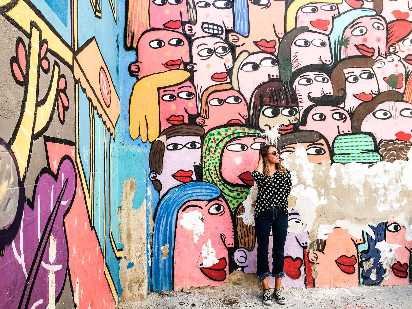 Lisbon street art, Intendente, vintage outfit