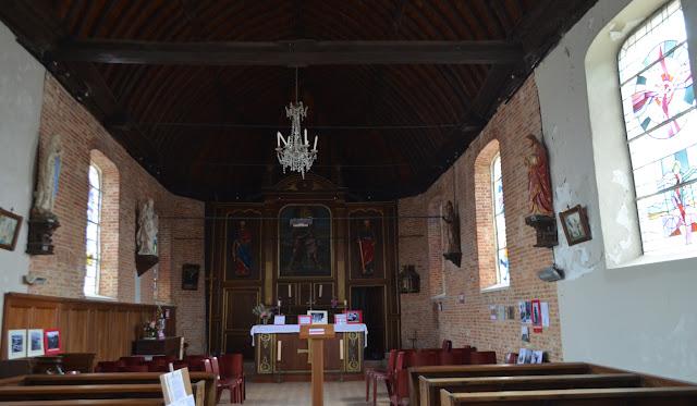 Intérieur de l'église de Graval