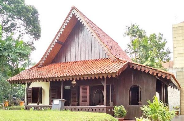 Rumah Kebaya dari DKI Jakarta