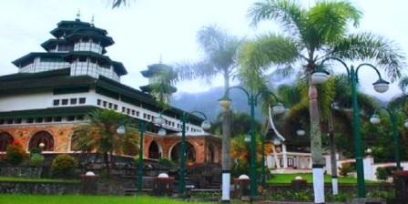 Masjid Raya Bayur masjid raya bayur agam masjid raya teluk bayur