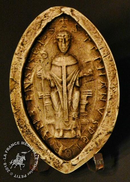 Sceau daté de 1158 appartenant à l'évêque Etienne de Bar (1121-1162)