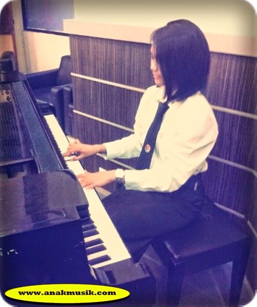 Belajar Bermain Piano Secara Otodidak Bagi Pemula