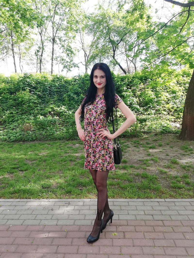 Orsay bawełniana sukienka w czerwone kwiaty