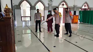 Kapolres Enrekang Kontrol Langsung Protokol Kesehatan Di Masjid-Masjid