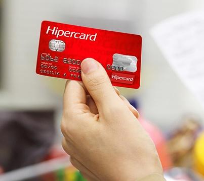 Descubra como solicitar o cartão Hipercard sem anuidade