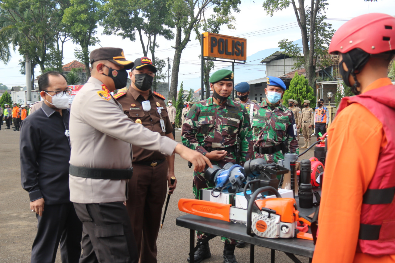 Yonif Raider 303 Kostrad Ikut Apel Siaga Bencana di Polres Garut