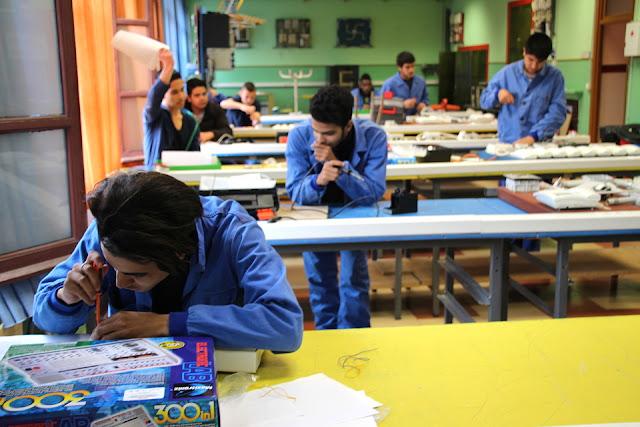 Estudiantes del centro de iniciación profesional