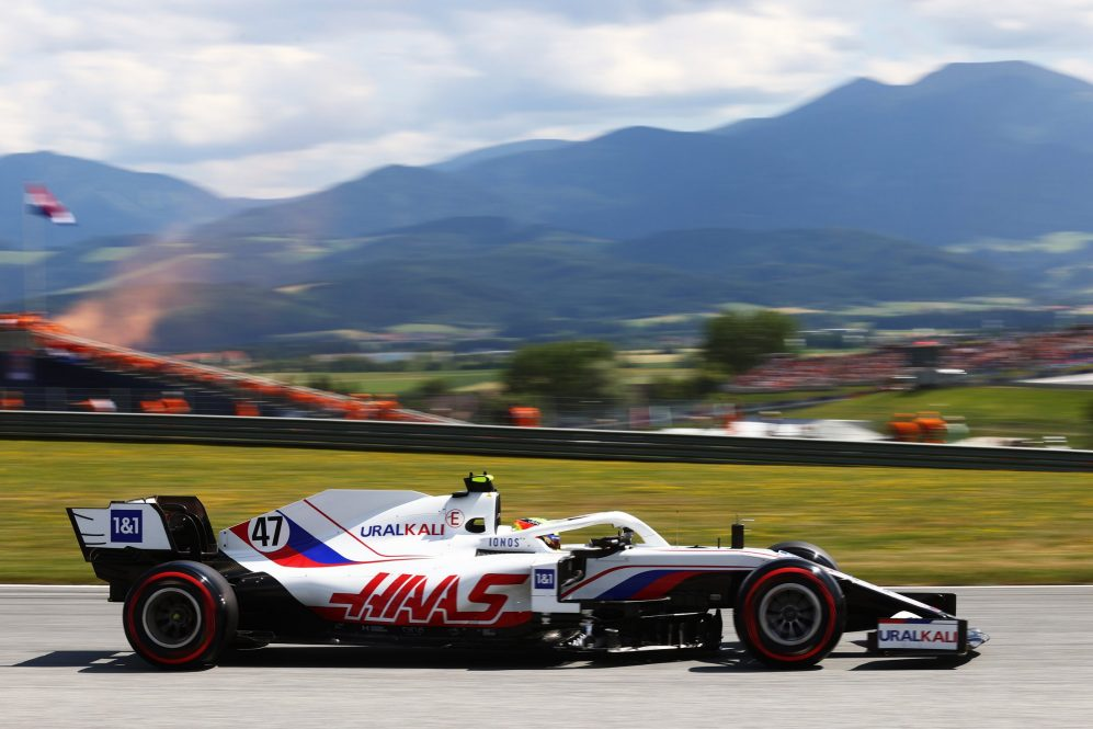 Schumacher terminou em 16º no GP da Estíria, seu melhor resultado desde o P13 em Baku