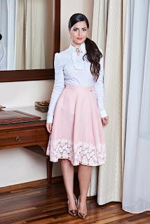 fusta in clos foarte feminina1
