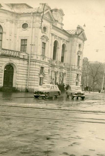1960-е годы. Рига. Бульвар Кронвальда, 2. Государственный академический театр драмы Латвийской ССР