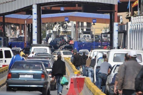 """تصعيد خطير.. المعارضة الإسبانية تطالب بفرض """"شنغن"""" على المغاربة لدخول سبتة ومليلية"""