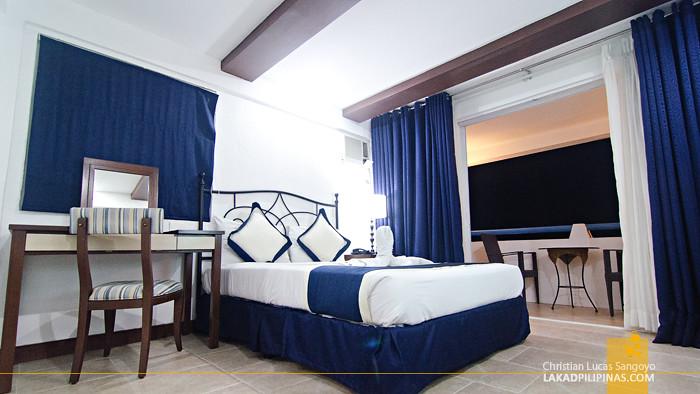 Estancia Tagaytay Santorini Cluster Room