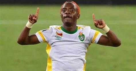 FOOTIE STAR GETS SA PERMANENT RESIDENCY - NewsdzeZimbabwe