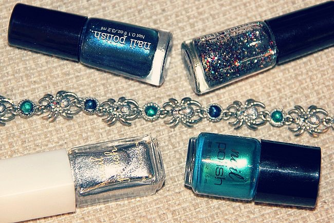 DIY Multi-colored Rhinestone bracelet