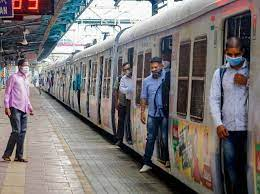 Mumbai Local Trains to be open for Students below 18. Local Trains for students and School Reopens