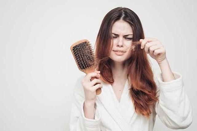 mengobati kerontokan rambut
