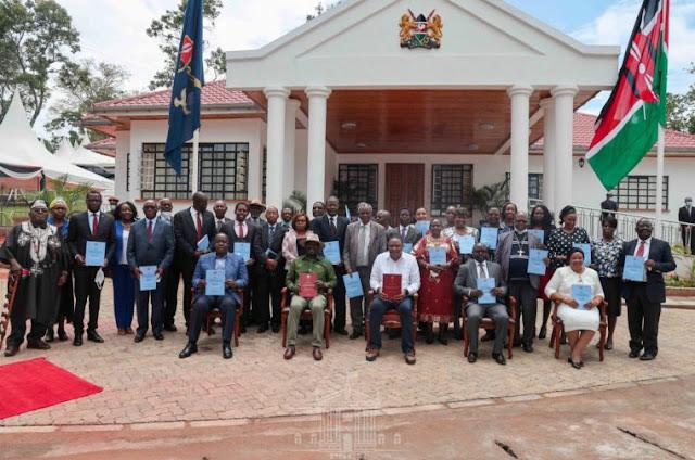 Kisii State Lodge  gazetted protected as Uhuru and Raila receive BBI photos