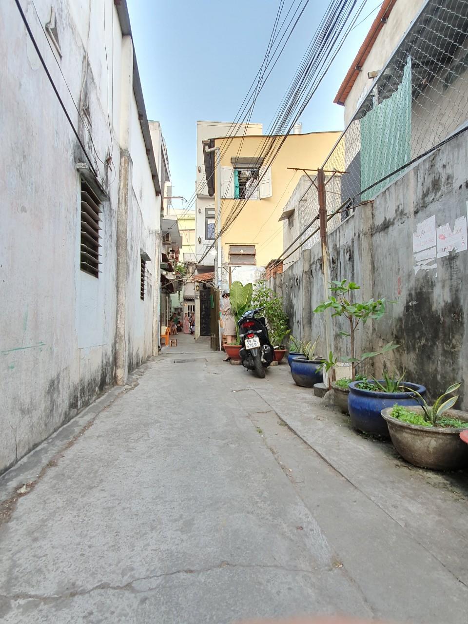 Bán nhà hẻm 410 lê Quang Định quận Bình Thạnh. DT 3,5x5m