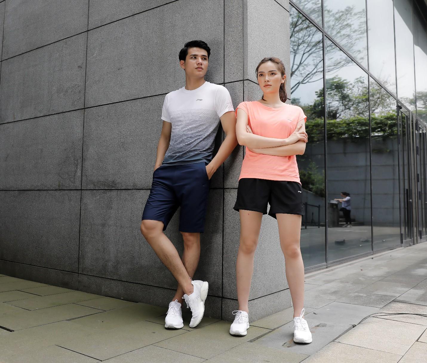 thời trang thể thao ôm body li-ning
