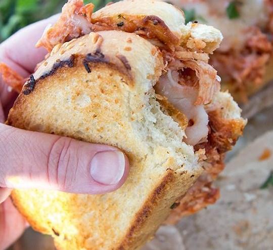 SHREDDED CHICKEN PARMESAN SANDWICH #weeknightdinner #lunch