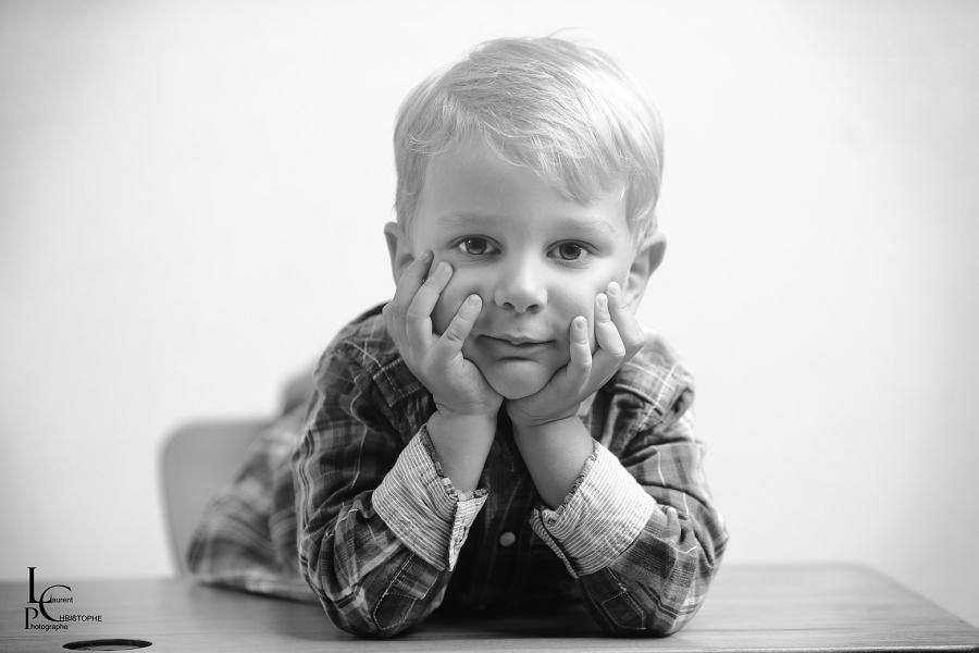séance photo enfant à domicile Laval