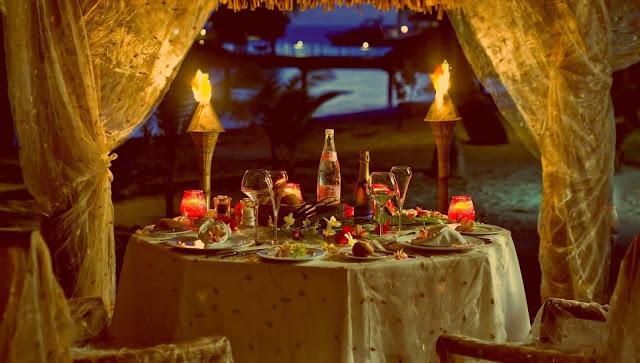 arti mimpi makan makan bersama keluarga dan teman