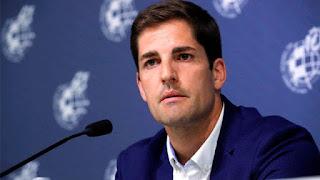 موقف إنساني عظيم من مدرب منتخب أسبانيا