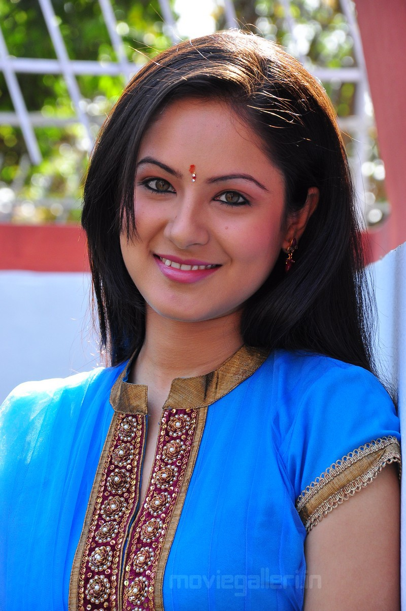 pooja tollywood actress