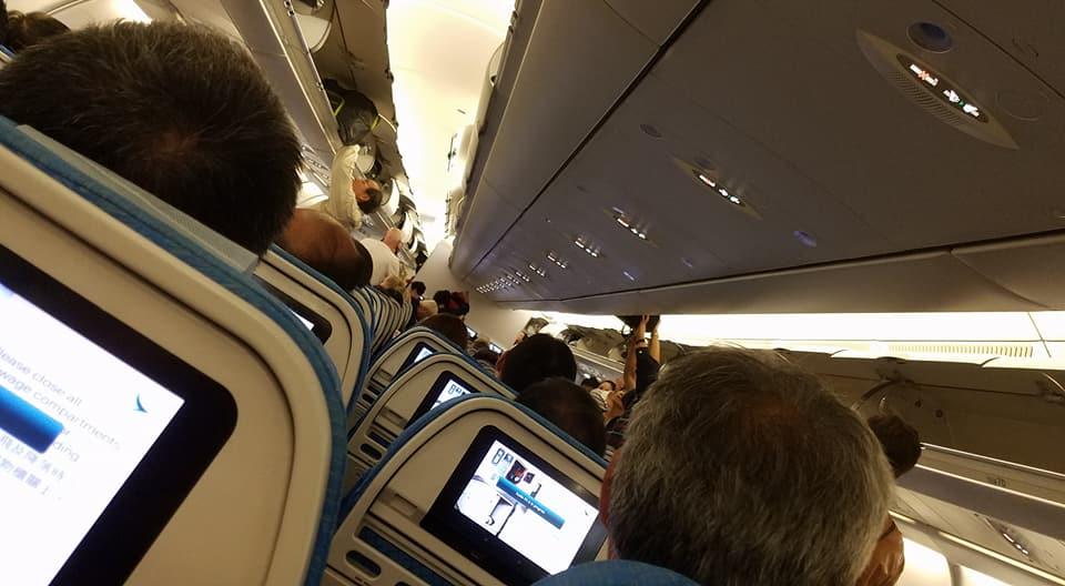 Kinh nghiệm gửi đồ và mang đồ xách tay lên máy bay không tốn nhiều tiền