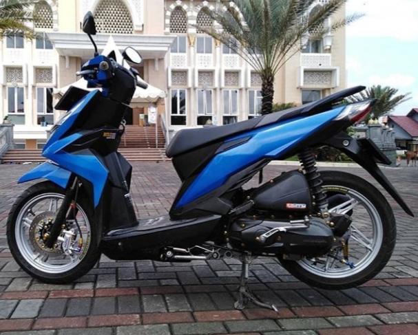 Modifikasi Motor Beat Warna Biru Tosca Mobiliobaru