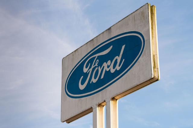फोर्ड यूरोप में 12,000 श्रमिकों की छंटनी कर रहा है