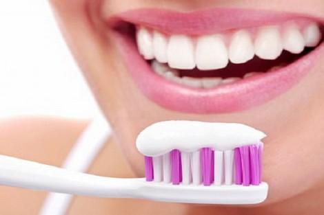 تعرف على  أضرار معجون الأسنان