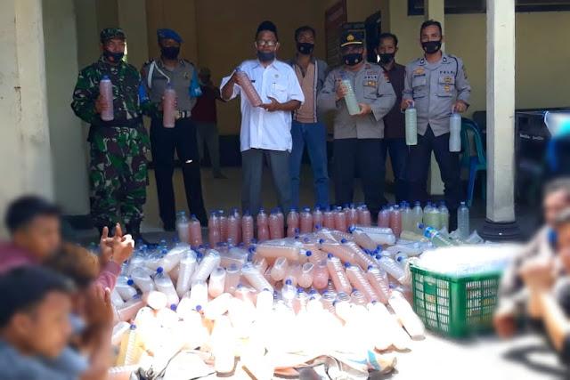 TNI Polri amankan ratuan botol miras oplosan di Masbagik