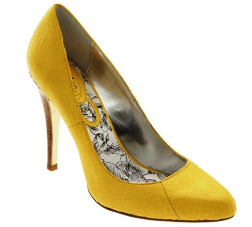 Fashion Wallpaers 2013: Yellow
