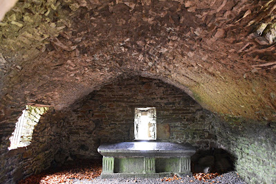 Monaincha Abbey, Vault.