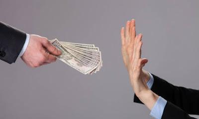 Waspadai Penipuan Berkedok Pinjaman Kilat Online, Kenali Ciri-cirinya Berikut Ini!