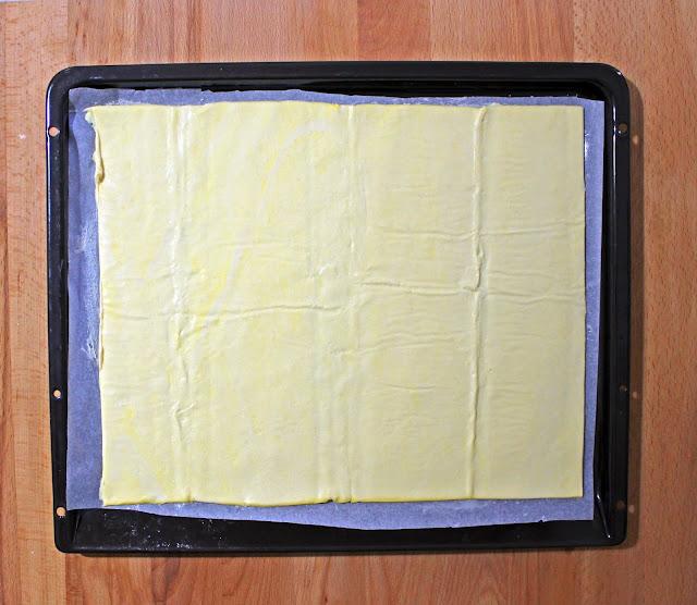 Τάρτα Μήλου με Σφολιάτα / Apple Tart with Pastry Puff